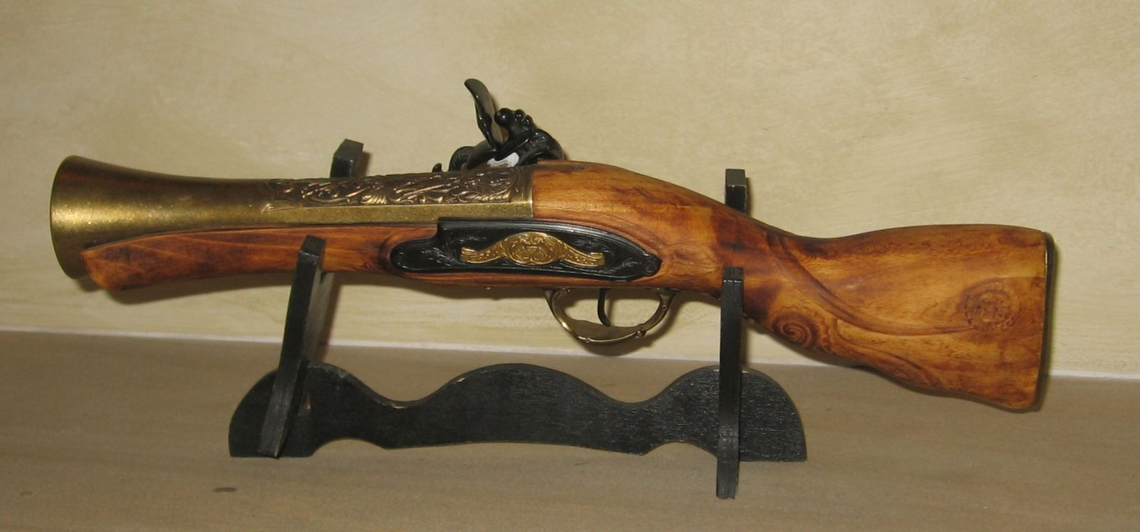 Replica of historical blunderbuss